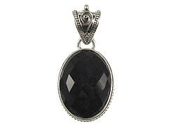 Faceted Oval Shape Onyx Pendant in Sterling Silver